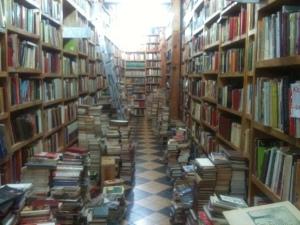 Librería de viejo en la calle de Donceles